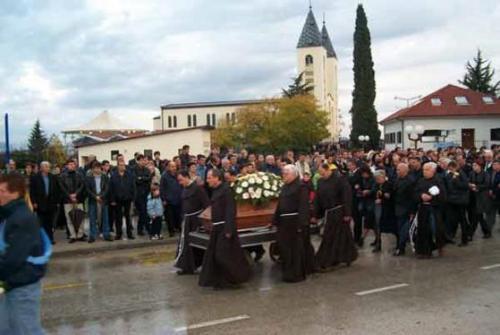 fr-slavko-funeral-20201124-1